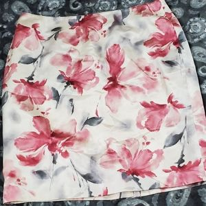 Jones New York Pink and Gray  Floral Skirt
